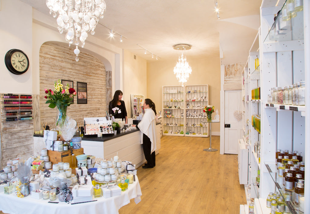 Franchise : An amazing opportunity to be part of Aromatika Organic & Natural Skincare
