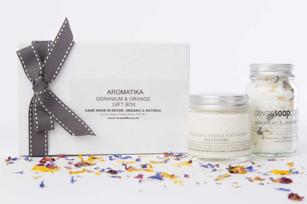 Geranium & Orange Gift Box