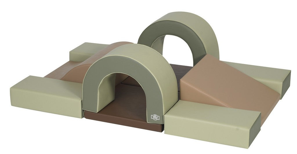 Cozy Woodland Hideout, 10 piece set, ramps arches and steps