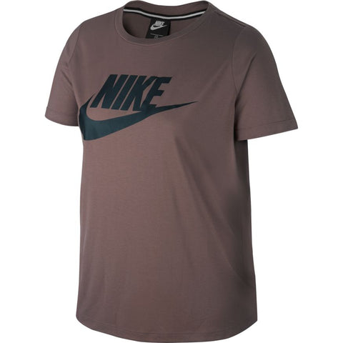 Nike -  Women's Plus Sportswear Essential T-Shirt