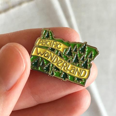 acbcDesign-Pacific Wonderland Pin