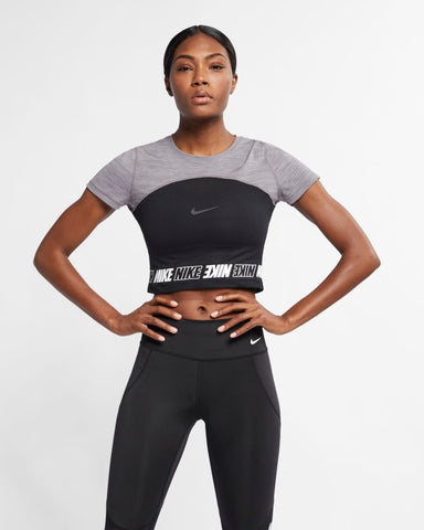 Nike - Pro Cropped Top