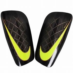 Puma - Evospeed 5.2 Shin Guard