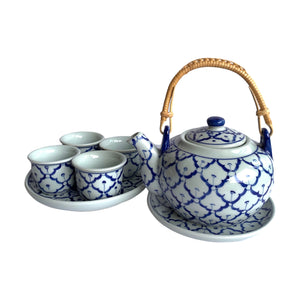 B/W PINEAPPLE TEA POT SET
