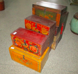 SMALLPAINTED BOX DONGBEI CH-123