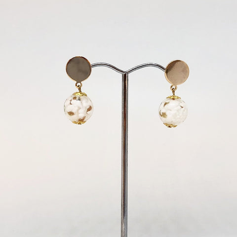 IJ-65 925/YG WHITE WITH GOLD GLASS BEAD EARRING