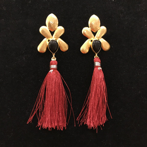 JT-1469  COPPER EARRING W RED TASSEL (BLACK AGATE)