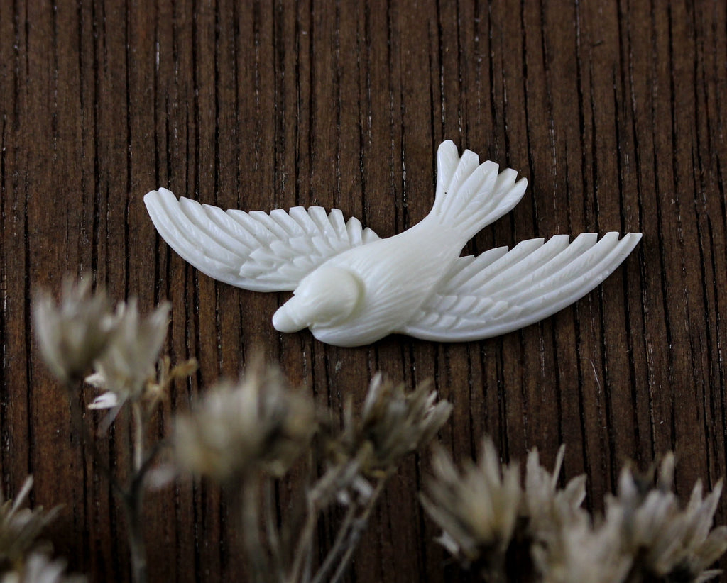 Realistic Miniature Carving, Gift for Bird Lover, Flying Creatures Bead, Hand Carved Jewelry Supply, Flat Back Sculpture, Carved Bone B073