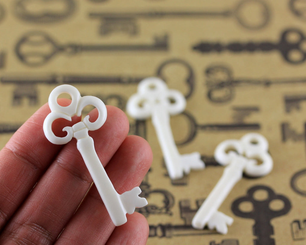 Key Necklace Charm, Carved Bone, Lock Bead, DIY Arts and Craft Supply, Make Your Own Jewelry Kit, Bead Stringing Focal Bead, Organic B180