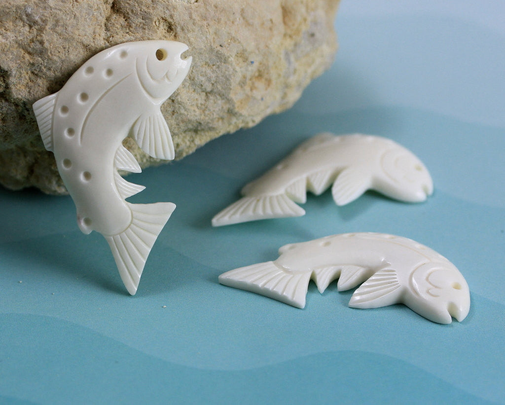 Fish Jewelry, Collectible -  Hand Carved Bone Pendant, Necklace Jewellry, Natural Carving, Aquatic, Aquarium, Pond Jewellry Charm B049