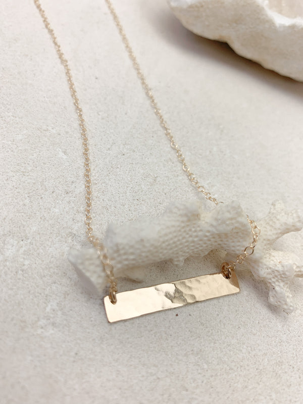 Classic Hammered Bar Necklace