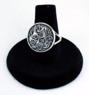 Celtic Horses Ring -- DragonSpace