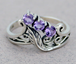 Leaf Ring with Gemstone
