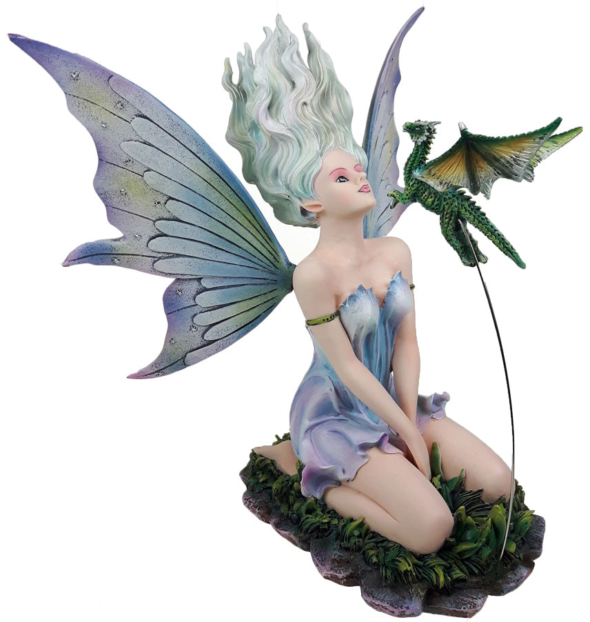 Cloe Fairy with Flying Dragon -- DragonSpace