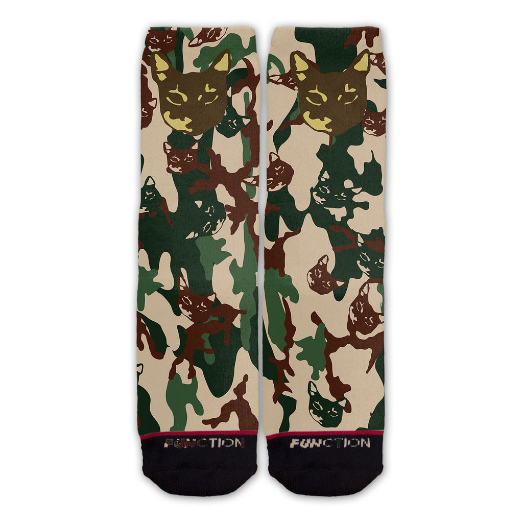 Function - A Bathing Cat Pattern Fashion Socks