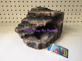 ~CORNER ROCK / AQUARIUM ORNAMENT / SML / 13.5CM x 14.5CM x 10CM~