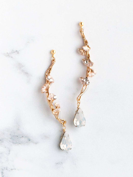 Hong Kong Wedding Earrings | *NEW INESSA - Drop Earrings with Crystals *Available in silver and rose gold color* | Hong Kong Handmade Wedding Accessories, Bridal Headpiece and Earrings | Down The Aisle Atelier