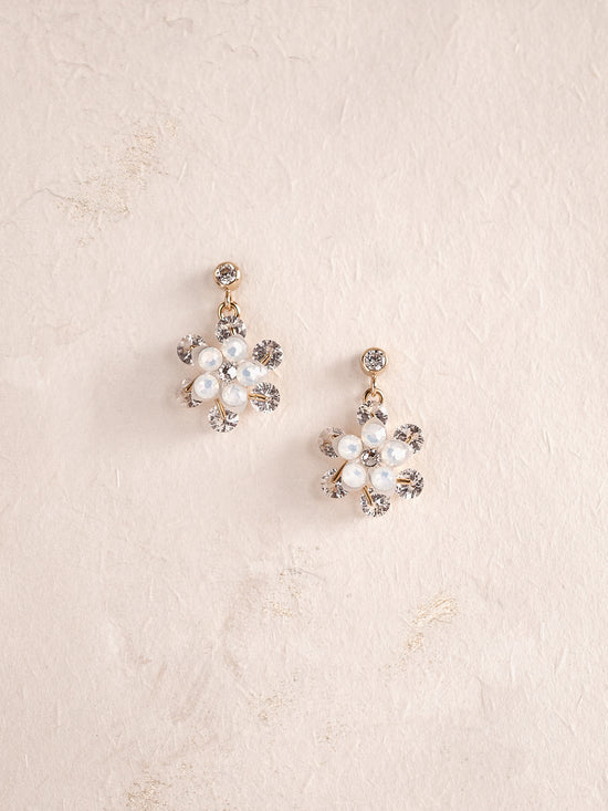 KATHLEEN - Delicate Flower Earrings