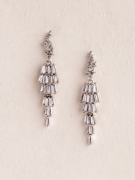 REESE - Dangling Crystals Earrings