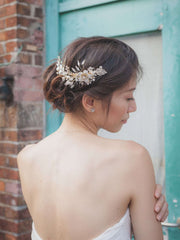 Hong Kong Wedding Headpiece | ESME - 11mm Pearl Petite Garden Hairpins | Hong Kong Handmade Wedding Accessories, Bridal Headpiece and Earrings | Down The Aisle Atelier