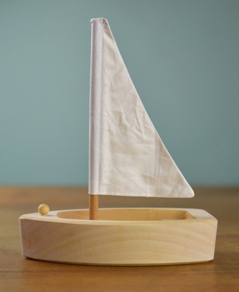Grimm's Spiel and Holz Natural Sailing Boat