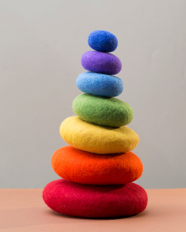 Papoose Stacking Rainbow Pebbles 7pc