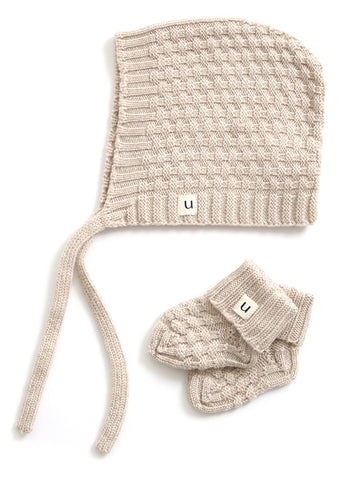 Uimi Bellamy Basket Weave Stitch Merino Hat and Bootie Set: Oatmeal Size 00