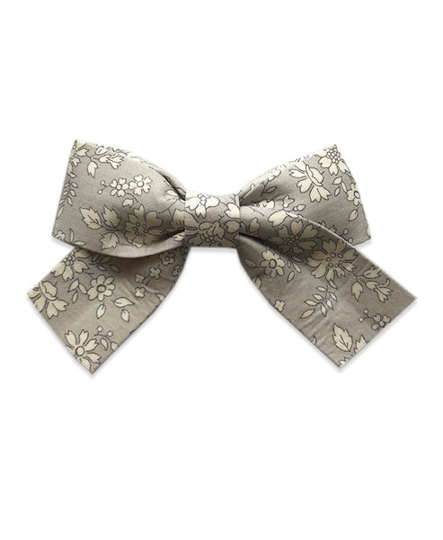 Pretty Wild Belle Big Bow Clip Silver Belle