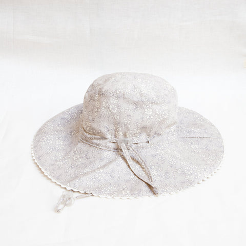 Pretty Wild Charlie Summer Hat Silver Belle