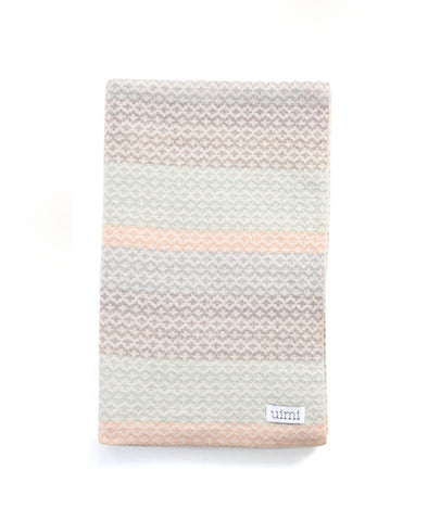 Uimi Isla Double Sided Fairisle Merino Blanket. Size: Cot. Colour: Marble