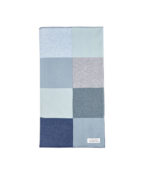 Uimi Frankie Double Sided Patchwork Blanket in Egyptian Cotton. Size: Bassinet. Colour: Denim