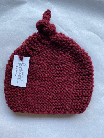 Knitted by Nana Beanie: Sangria 3-9M
