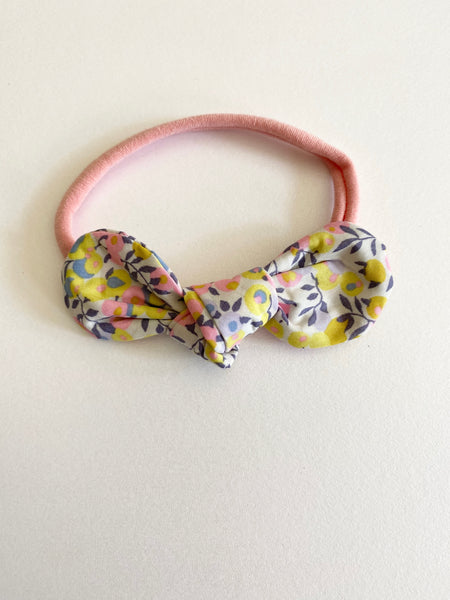 Pretty Wild Minnie Baby Bow Elastic Headband Pomelo