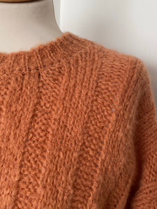 EseOEse Rust Ribbed Sweater