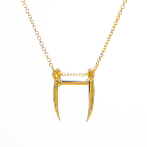Hanging Fang Necklace