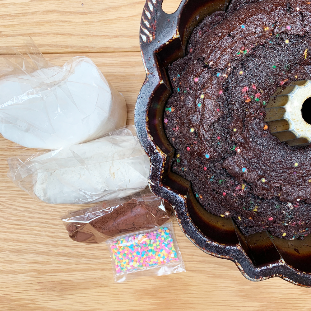 Make & Bake Padoca's Chocolate Cake Kit