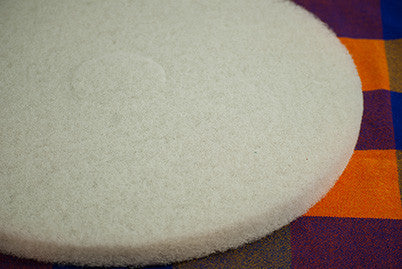 "17"" White Floor Pad"