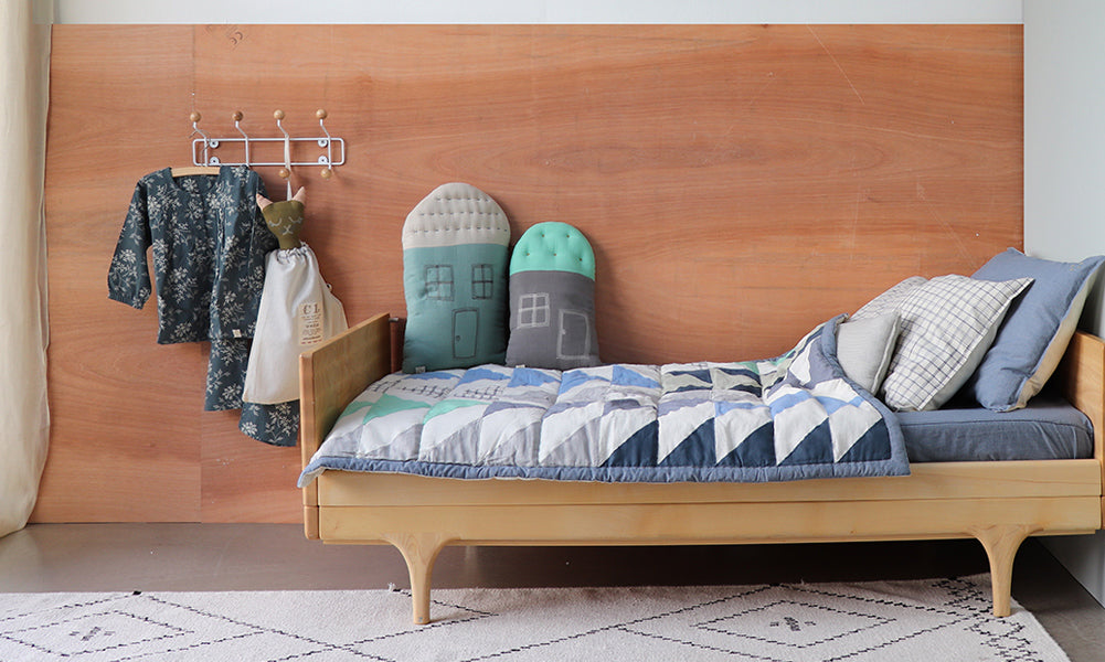 Triangle quilt unisex bedroom by Camomile london