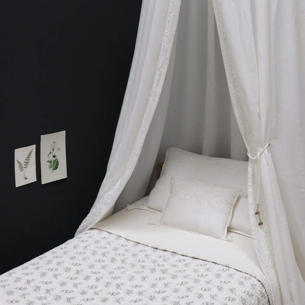 Ivy Motif Embroidered Pillowcase - Chalk