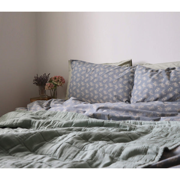 Sage Square Quilted Gauze Blanket - Large Sizes