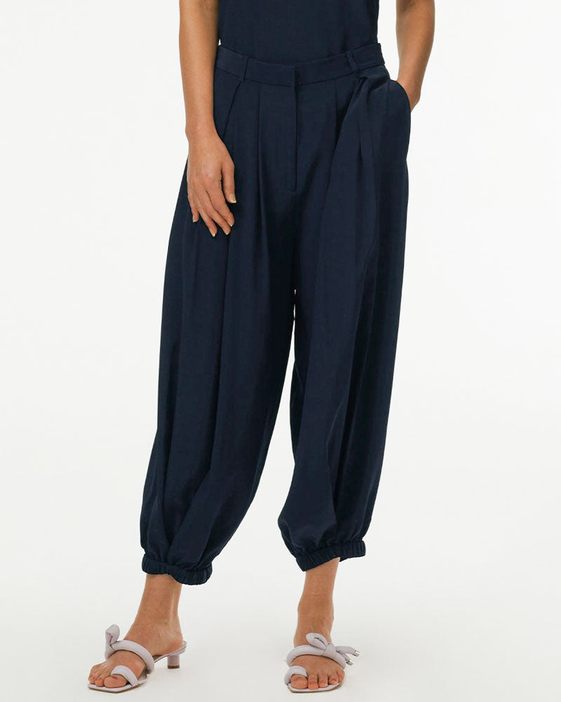 Eco Silk Pleated Balloon Pant