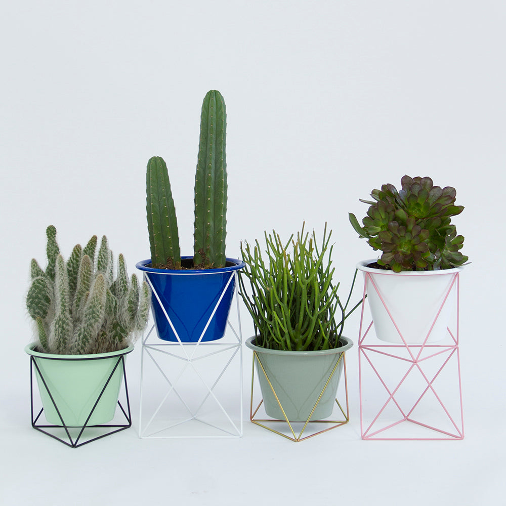 Online sources for handmade planters and plant pots