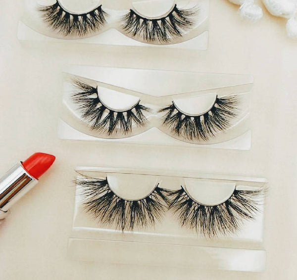 THE BEAUTY GODS DESIGNER & LUXURY EYELASH SUBSCRIPTION BOX