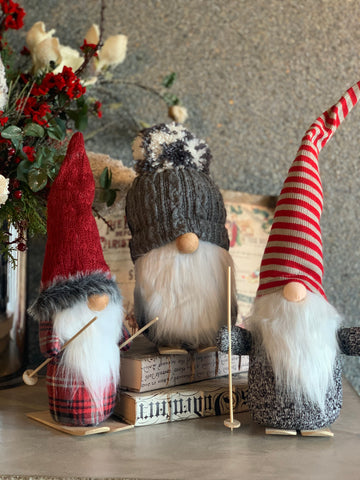 SET OF 3 GNOMES WITH SKIS