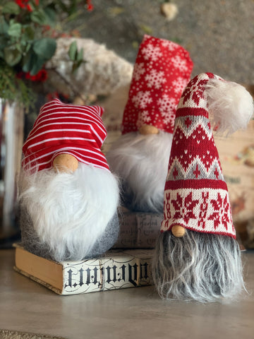 SET OF 3 SMALL RED GNOMES