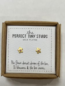 Perfect Tiny Studs (Natural Life)