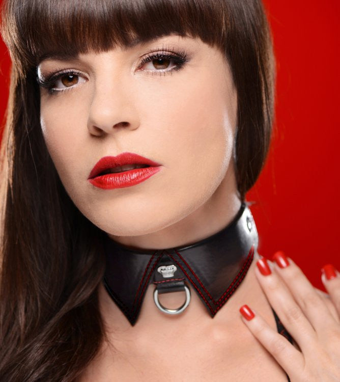 Master Series Crimson Tied Regal Sub Collar