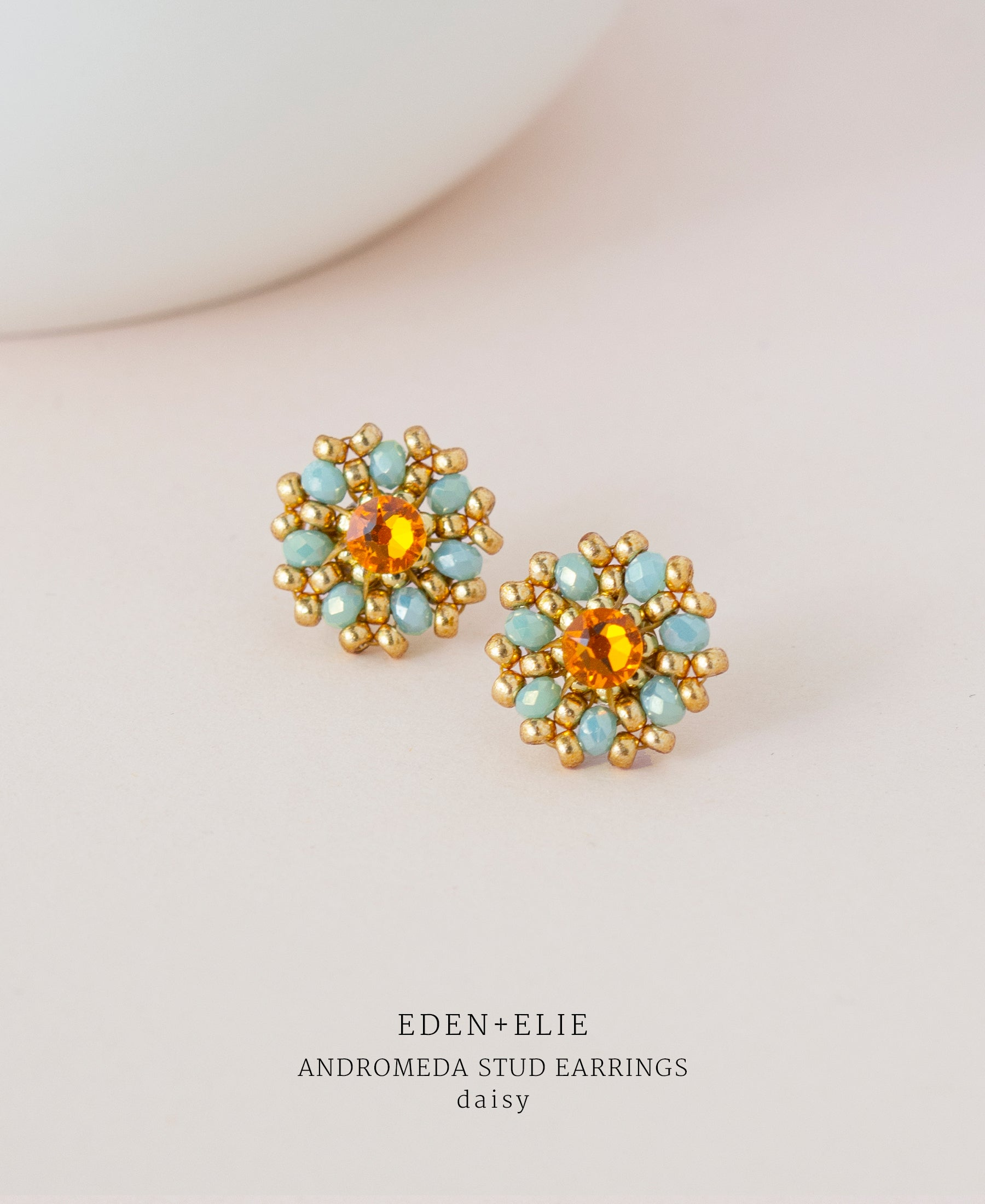 EDEN + ELIE Andromeda stud earrings - daisy