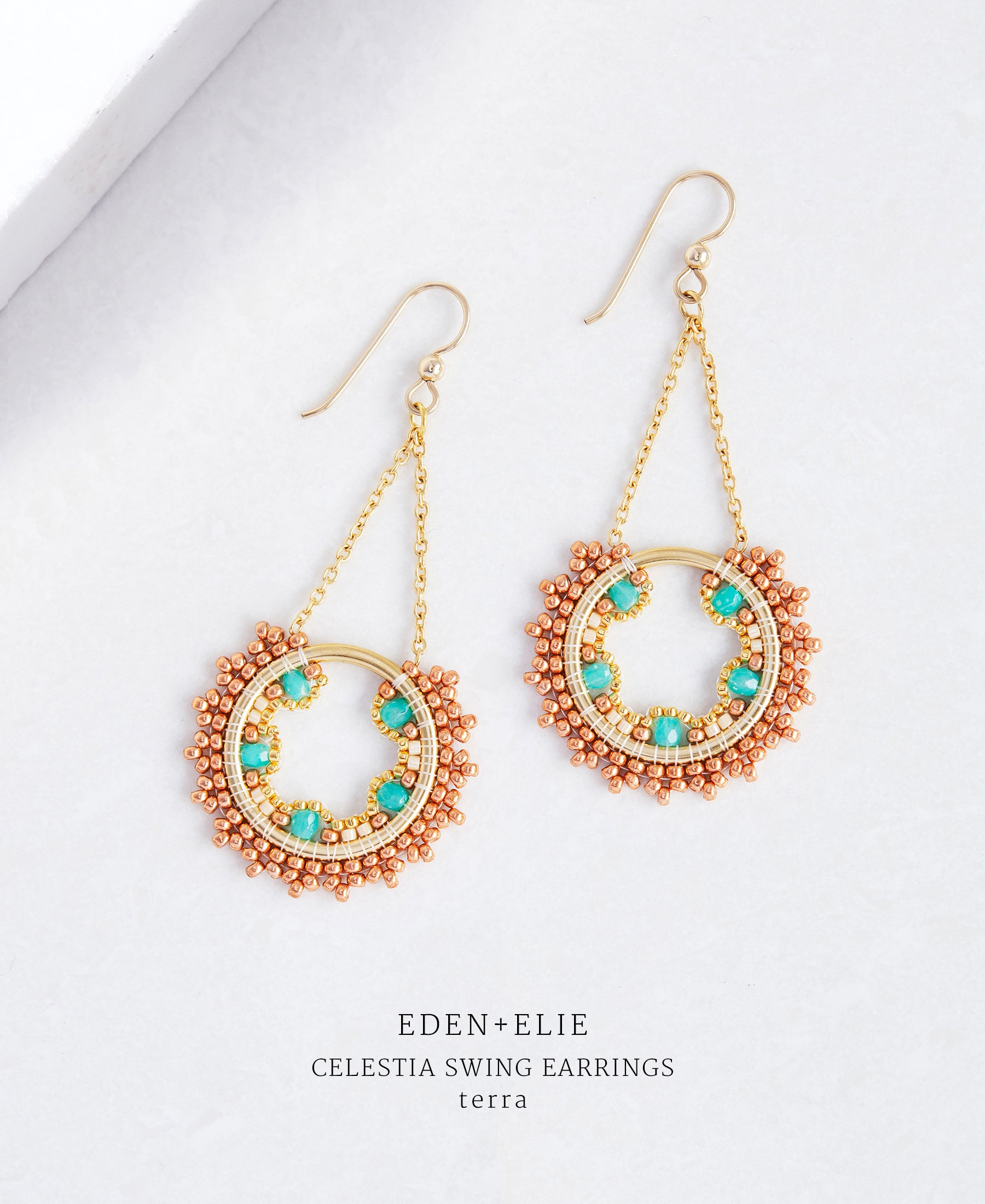 EDEN + ELIE Celestia swing earrings - terra green