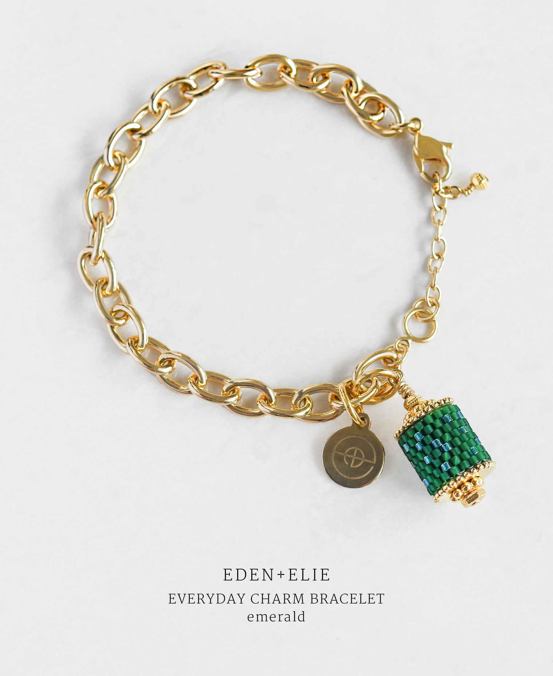 EDEN + ELIE Everyday gold charm bracelet - emerald green